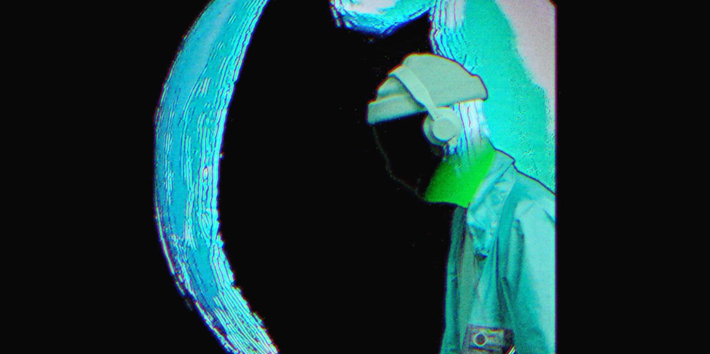 Walkman (Official Video)
